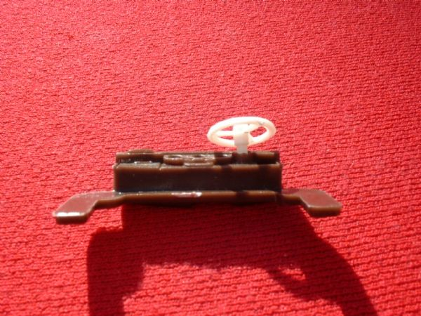 Dinky Toys 194 Bentley Brown plastic dashboard & steering wheel unit (Price per complete unit)